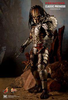 Hot Toys : Predators - Classic Predator 1/6th scale Collectible Figure