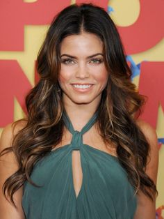 celebrity hairstyles, Jenna Dewan, Jenna Dewan hairstyle, wavy hair, sexy hairstyles, center part, long hairs styles, curly hair styles
