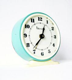 Vintage Alarm Clock More pins under www.supondo.com