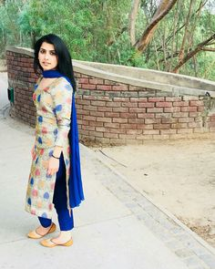 Navy blue Pakistani Dresses, Indian Dresses, Indian Outfits, Punjabi Fashion, Indian Fashion, Dress Neck Designs, Blouse Designs, Stylish Dresses, Simple Dresses