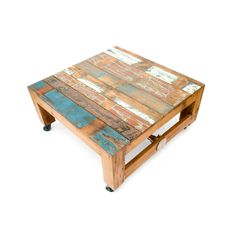 Mesa de centro en madera reciclada de teca. Decoración Low Cost Chicandclic.es Reclaimed Furniture, Wooden Furniture, Decoracion Low Cost, Teca, Recycled Wood, Front Rooms, Dining Area, Wood Table, Pallet