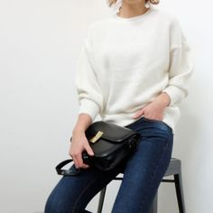 Loose knit/ jeans