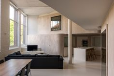 Loft M by Graux & Baeyens Architects