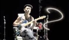 'Por la boca vive el pez' – Fito & Fitipaldis | 24 canciones que no te creerás que tienen ya 10 años