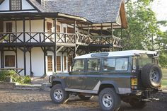 Twiga Lodge, Shaw Safaris, Mt Meru, Arusha NP by ConserVentures and Overland Expo, via Flickr