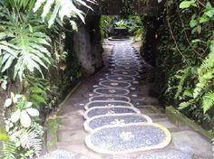 Path to the Spa at OneWorld Retreats Kumara, Ubud