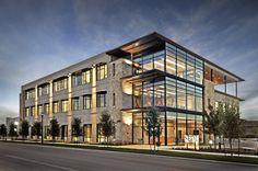 Мечтаете работать в таком здании? Регистрируйте фирму и выбирайте офис сами