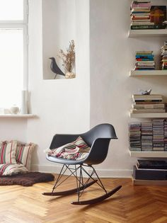 Rocking chair  - Vitra chair collection designed by Charles & Ray Eames