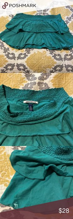 Like new Abercrombie & Fitch skirt Like new worn a few times Abercrombie & Fitch teal pleated skirt. Size medium. Has original stamped moose on front right lower side of the skirt. Super fun & cute skirt. Just doesn't fit me anymore. Abercrombie & Fitch Skirts Mini