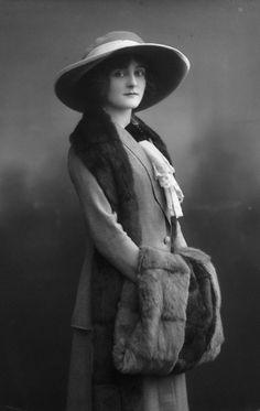 Sheila Hayes - Edwardian Actress. Circa 1912. Photograph by Alexander Bassano.