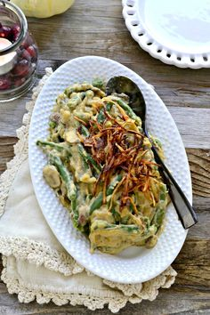 So rich and creamy, this Healthy non-dairy Green Bean Casserole requires no oven time and is super EASY to make! So rich and creamy, this Healthy non-dairy Green Bean Casserole requires no oven time and is super EASY to make! Healthy Green Bean Casserole, Healthy Green Beans, Greenbean Casserole Recipe, Casserole Recipes, Dairy Free Recipes, Vegan Recipes, Gluten Free, Lunch Recipes, Easy Recipes