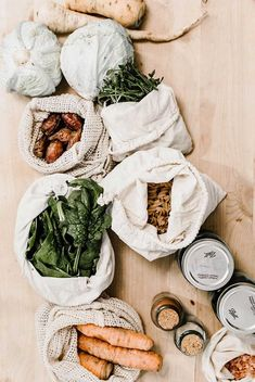 We spent a day learning how Brooklyn-based embroidery artist Stevie Van Horn has maintained a zero-waste lifestyle for two years. (She made it look easy!) waste living diy A Crash Course in Waste-Free Living With Stevie Van Horn Vida Natural, Slow Living, Frugal Living, Sustainable Living, Sustainable Food, Sustainable Architecture, Natural Living, Simple Living, Organic Living
