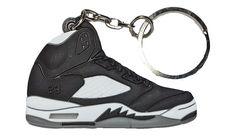 check out fcb39 2353c Nike Air Jordan 5, Oreo, Sneakers Nike, High Top Sneakers, Keychains,