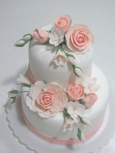 Gum Paste Flowers Pretty Wedding CakesPink
