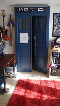 TARDIS BEDROOM DOOR 02 by ~TheDaleoftheDead on deviantART thats what I want two bedroom's one inside the regular one like a closet but it's just another bedroom or a door to the basement Dr Who, Bedroom Doors, Blue Box, Deco Design, Closet Doors, My New Room, My Dream Home, Kids Room, Bedroom Decor