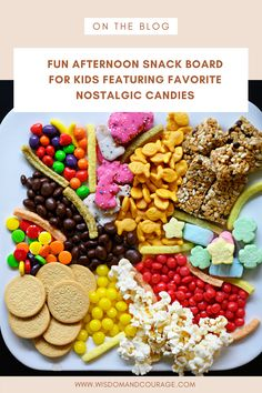 Healthy Holiday Recipes, Quick Recipes, Quick Meals, Real Food Recipes, Candy Board, Sensory Activities Toddlers, Board For Kids, Candy Shop, Corona