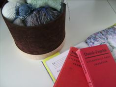 links to internetsite that translates knitting and crochet words from english to danish and also other languages