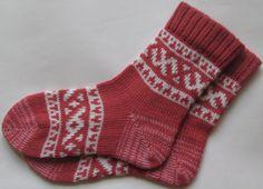 Rosewood and whiteCUSTOM MADE Scandinavian pattern rustic fall autumn winter knit short wool socks present gift