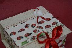 partecipazione-invito con scatola portaconfetti coordinata