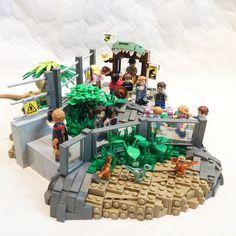 Jurassic World: Dilophosaurus and baby raptor enclosures Jurassic World Set, Lego Jurassic Park, Legos, Jurrassic Park, Lego Baby, Lego Dragon, Lego Sculptures, Amazing Lego Creations, Ideas