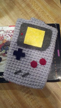 Super Awesome Geek-tastic Crochet Gameboy Pouch by Yummypancake. via Etsy.