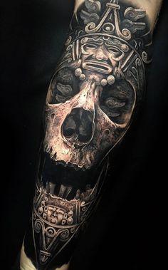 A favourite from a long time ago, Mayan Skull. Mayan Tattoos, Top Tattoos, Skull Tattoos, Body Art Tattoos, Tattoo Drawings, Art Chicano, Chicano Tattoos, Tatuagem Azteca, Maya Art