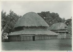 Vernacular Architecture, Classic Architecture, Hut House, Sustainable Practices, African Culture, West Africa, Building Design, Traditional House, Exterior