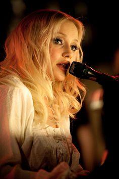 Chisu is a Finnish pop singer, songwriter, music producer. Real Name - Christel Martin Sundberg. She Song, Pop Singers, Helsinki, Most Beautiful Women, Finland, January, Makeup, Music, People
