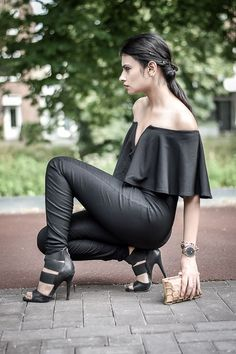 http://www.streetstylecity.blogspot.com Fashion inspired by the people in the street ootd look outfit sexy heels Black frill jumpsuit