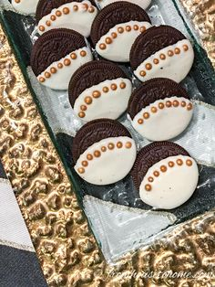 Great Gatsby Oreo cookies