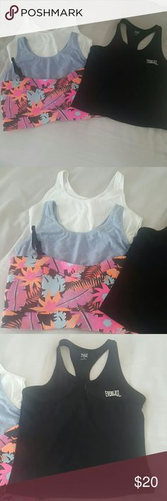💪Workout Bundle💪 2 fruit of the Loom sports bras size 38 no flaws❤floral sports bra top with adjustable straps tag size 14-measures 16 inches across laid flat,good pre loved condition❤Everlast medium sports top with zipper at chest and built in bra EUC-19 in long from shoulder strap to hem 14 in across❤ Everlast  Intimates & Sleepwear Bras