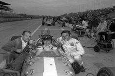 1967 Indianapolis : Parnelli Jones, Graham Hill and Jim Clark. (ph: © IMS)