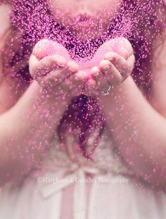 gender reveal idea or just cute maternity pic idea. I would switch it up and hav… gender reveal idea or just cute maternity pic idea. I would switch it up and have the 3 of us doing this. Pregnancy Gender Reveal, Baby Shower Gender Reveal, Baby Gender, Pregnancy Photos, Glitter Gender Reveal, Gender Reveal Pictures, Baby Pictures, Baby Photos, Gender Reveal Photography
