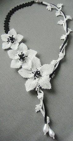 seed bead necklace patterns for beginners Beaded Flowers Patterns, Beaded Necklace Patterns, Beaded Bracelets Tutorial, Beaded Earrings, Bead Patterns, Weaving Patterns, Seed Bead Necklace, Seed Bead Bracelets, Seed Bead Jewelry