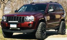 Savage's 2007 Jeep Grand Cherokee Limited with Interco Super Swamper tires on Interco Swamper wheels. White Jeep Grand Cherokee, Lifted Jeep Cherokee, Grand Cherokee Overland, Jeep Grand Cherokee Limited, Cherokee Trailhawk, Jeep Trailhawk, Lifted Jeeps, Jeep Wk, Cars
