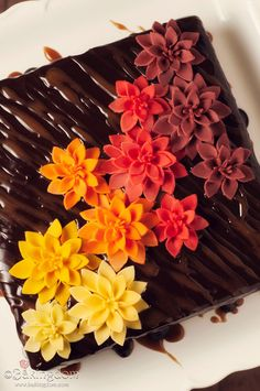 tutorial for the beautiful flowers plus Easy-Fondant-Mums-and-Caramel-Brownies