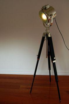 Unique Dreibein Film Leuchte mit Holz Stativ Steh Lampe Vintage Stil in Nord Hamburg Eppendorf Lampen gebraucht kaufen eBay Kleinanzeigen Pinterest