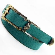 2014 Vintage Carved Heart  Decoration Thin Belt For Women, Antique Brass Buckle + PU Leather Belts Straps Brand Drop Shipping US $3.85