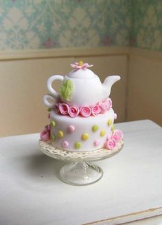 Pink & Yellow Dotted Teapot Cake