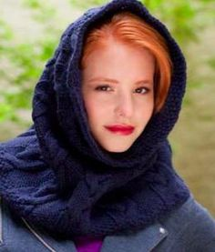 Free Pattern: Under Cover of Midnight Hooded Cowl by Julie Turjoman