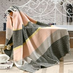 59.49$  Watch now - http://ality3.worldwells.pw/go.php?t=32769551928 - Baby love Makarong color striped knitted blanke double-knit blankets Shawl Hotels leisure Home sofa cover blanket for children  59.49$