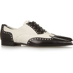 Gucci Perforated leather brogues ($825) ❤ liked on Polyvore featuring shoes, oxfords, pointy flats, pointed flats, black and white wingtip shoes, black and white flats and flat shoes