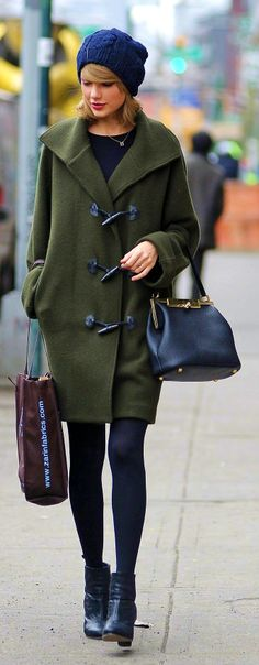 Taylor Swift ; Out shopping in SoHo, New York, March 2014 ; Ralph Lauren coat, Dolce  Gabbana bag, Laura Gravestock necklace, Red C Jewels ring  Rag  Bone booties