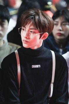 NCT Winwin And both individuals units produce enough light that you can use them as Jisung Nct, Nct Winwin, Pop Bands, Taeyong, Jaehyun, Wattpad, K Pop, Astro Moonbin, Teaser