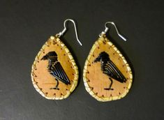 Crow earrings - porcupine quill on birch bark: Paul St John, Mohawk Sterling Silver Cuff Bracelet, Sterling Silver Cross, Birch Bark Crafts, Native Beadwork, Nature Crafts, Native American Jewelry, Bead Earrings, Crow, Quilling