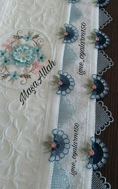 Ribbon Embroidery Tutorial, Embroidery Neck Designs, Silk Ribbon Embroidery, Embroidery Stitches, Moda Emo, Embroidered Towels, Needle Lace, Lace Making, Jacquard Weave