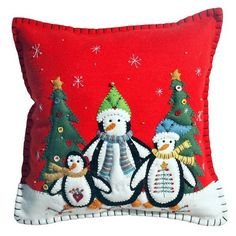 New World Arts Three Penguins Accent Pillow (€35) ❤ liked on Polyvore featuring home, home decor, red, christmas home decor and red home decor