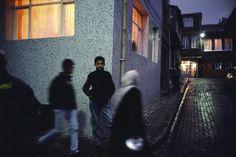 Alex Webb, Istanbul, Turkey (2001), via Artsy.net