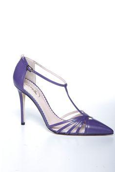 SJP shoes made by the FABULOUS Sarah Jessica Parker!   http://shop.nordstrom.com/c/sjp-sarah-jessica-parker