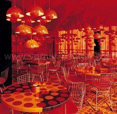 SPIEGEL VERLAGSHAUS canteen, Hamburg, D 1969 --- Verner Panton's 1969 interiors for the Spiegel Publishing house buildings in Hamburg